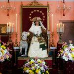 Reparto de papeletas de sitio en la Pastora de cara a la primera procesión